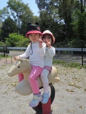 公園で遊ぶ_1