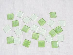 ガラスタイルグリーン